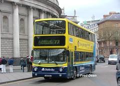 Dublin Bus AV206 (01D10206). (Fred Dean Jnr) Tags: april2005 dublin dublinbus busathacliath dublinbusyellowbluelivery volvo b7tl alexander alx400 collegegreendublin av206 01d10206 rend dublinbusroute77 lw51zly