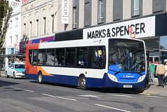 SS 27660 @ Churchill Square, Brighton (ianjpoole) Tags: stagecoach south alexander dennis enviro 300 gx10kzn 27660 working route 17 churchill square brighton horsham railway station