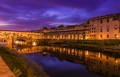 Florence - Ponte Vecchio (jack.mihlenstedt) Tags: florence italia italy nikon d750 t tamron2470mm tamron2470 sunset blue hour ponte vecchio bridge river arno colour landscape nightphotography