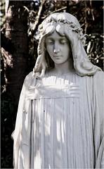 (farmspeedracer) Tags: woman stone statue holy cemetary friedhof 2018 september prayer peace sculpture