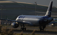 Joon / Airbus A320-214 / F-GKXT (vic_206) Tags: bcn lebl aircraft avión airplane spotting joon airbusa320214 fgkxt