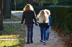 Walking On Greenway South (Joe Shlabotnik) Tags: foresthills foresthillsgardens queens everett violet proudparents sue 2018 november2018 afsdxvrzoomnikkor18105mmf3556ged