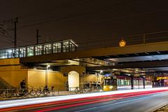 GTU in SChöneweide (Hanselbln) Tags: tram strasenbahn berlin bvg berliner verkehrsbetriebe bahn fahrzeug nachtaufnahme lowlight canon öpnv brücke schöneweide langzeitbelichtung
