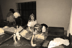 Lavandéer – Lavandaie (Anna R. Ph) Tags: paese baveno festa unsaltonelpassato 2018 mestieri 1700800 antico lavandéer lavandaie sepia
