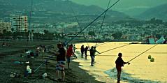 Pesca deportiva (portalealba) Tags: torredelmar axarquía málaga andalucía españa spain portalealba canon eos1300d 1001nights 1001nightsmagiccity 1001nightsmagicwindow playa