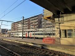 Platform and train, late afternoon, railway station, Namur, Belgium (Paul McClure DC) Tags: belgium belgique wallonie wallonia feb2018 namur namen ardennes railroad railway historic architecture
