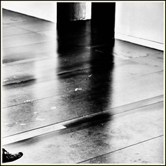 Lines & Beyond #35 (Napafloma-Photographe) Tags: 2018 architecturebatimentsmonuments artetculture aveyron bandw bw fr france kodak kodaktrix400 personnes rodez techniquephoto blackandwhite boutique monochrome musã©e napaflomaphotographe noiretblanc noiretblancfrance pellicules photoderue photographe photographie province streetphoto streetphotography muséesoulages musée pierresoulages