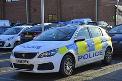 KN68 WPM (S11 AUN) Tags: durham constabulary peugeot 308 hdi police panda car incident response vehicle irv 999 emergencyvehicle kn68wpm
