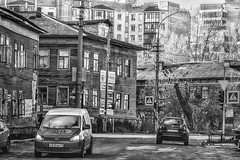 Old and new city / Старый и новый город (VikTori_kvl23) Tags: russia arkhangelsk people building sky architecture old city город tonedimage cityscape house oldhouse woodenhouse monochrome obsolete dilapidated deserted