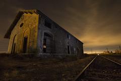 Antigua estación (Jose_edit) Tags: antigua estacion tren vias