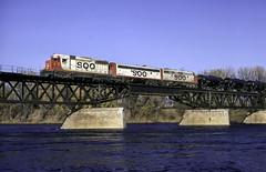 Over the Mighty Mississippi (ac1756) Tags: soo sooline emd gp30 715 mississippiriverbridge minneapolis minnesota