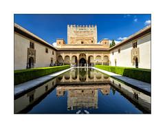 Palais Nasrides de l'Alhambra (Olivier Faugeras) Tags: andalousie espagne granada grenade alhambra spain pentax reflet reflection
