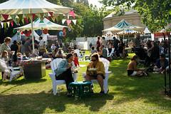 20181228-32-Taste of Tasmania 2018 (Roger T Wong) Tags: 2018 australia hobart parliamentlawns rogertwong sel24105g sony24105 sonya7iii sonyalpha7iii sonyfe24105mmf4goss sonyilce7m3 tasmania tasteoftasmania crowds festival food people stalls summer