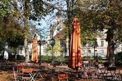 Burghausen: Biergarten des Klostergasthofs Raitenhaslach (Helgoland01) Tags: burghausen bayern deutschland germany oberbayern raitenhaslach kloster zisterzienser biergarten