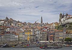 Casco histórico de Porto (Portugal) (Miguelanxo57) Tags: arquitectura edificios ciudad río pintoresco cascohistórico ciudadvieja patrimoniomundial unesco porto oporto portugal