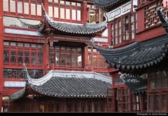 "Yuyuan Garden, Shanghai, China (JH_1982) Tags: yuyuan garden yu 豫园 garten jardín jardin giardino 豫園 예원 сад юй юань classic classical architecture pagoda temple old town oldtown altstadt historic historisch building buildings roof roofs tourist tourism sightseeing landmark shanghai china 上海 中国 shànghǎi schanghai shanghái xangai şanghay szanghaj 上海市 상하이 шанхай เซี่ยงไฮ้ ""thượng hải"" शंघाई šanghaj שאנגחאי شانغهاي peoples republic prc chine cina 中國 中华人民共和国 중화인민공화국 китайская народная республика"