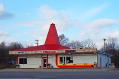 THE FROZEN DEE-LITE CAFE IN PARKMAN, OHIO (Explored) (fstopfinatic) Tags: fujifilms9200camera signage hotdog weiner dive burgerjoint momandpop mom pop joint food diner icecream custard stand hamburger fries shakes milkshake sundae shrimp fish chili pizza chow