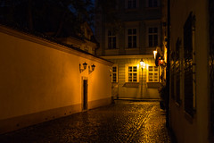 Early morning in Prague (romanboed) Tags: leica m 240 summilux 50 czech europe cesko czechia prague praha prag praag praga city fall autumn travel tourism 布拉格 прага プラハ براغ 프라하 street night