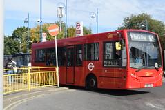 GAL 184 @ Orpington train station (ianjpoole) Tags: goahead london metrobus alexander dennis enviro 200 yx62dzu 184 working route r1 high street green grovelands road st pauls cray