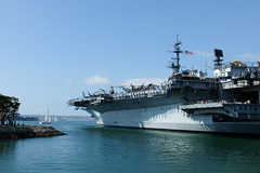 USS Midway, San Diego. (ho_hokus) Tags: 2018 ca california fujix20 fujifilmx20 navy sandiego ussmidway aircraftcarrier ship boat water usa unitedstates