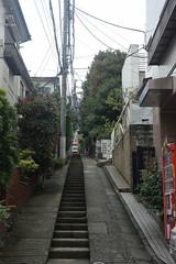 tokyo7639 (tanayan) Tags: urban town cityscape tokyo japan nikon v3 東京 日本 daikanyama 代官山 road street alley slope