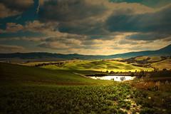 Eden!!! (Enzo Ghignoni) Tags: colline lago paesaggio nuvole cielo tuscany italy