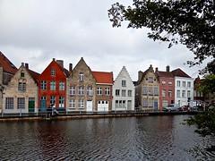 Brugge, Belgium (Lynne Karen) Tags: brugge belgium buildings water oldbuildings nature historic canal cloudy