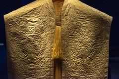 ROM - August 17, 2018 (Katherine Ridgley) Tags: toronto rom museum royalontariomuseum fashion cape yellow golden silk spidersilk