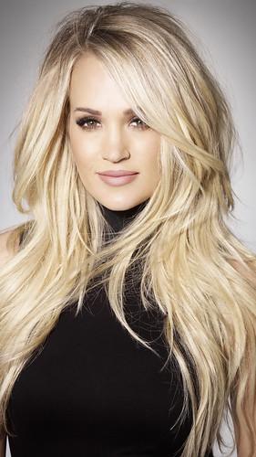 Carrie Underwood fan photo