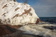 The Three States of water. 20190103-_DSC0821 (Prairieworks Pictures) Tags: lakesuperior northshore stateparks tettgouchestatepark snow winter water shore waves sunshine longexposure sony sonayalpha zeiss loxia loxia250