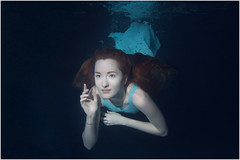 DSC_0318_S (alexey t.) Tags: girl glamour portrait underwater dress nikon 1 j3