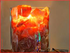 Salzleuchten im Glas (magritknapp) Tags: crazytuesday glass mardifou verre buntelichter colourfullights spiegelungen reflections mittwochs macro