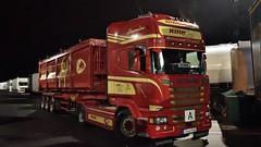 D - Kirn Scania R13 580 TL (BonsaiTruck) Tags: kirn scania nacht night nuit lkw lastwagen lastzug truck trucks lorry lorries camion caminhoes