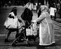 Street Life (JEFF CARR IMAGES) Tags: northwestengland greatermanchester towncentres