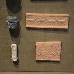 Chicago, IL - University of Chicago - Oriental Institute - Mesopotamian - Cylinder Seals (jrozwado) Tags: northamerica usa illinois chicago universityofchicago university museum orientalinstitute middleeast neareast history archaeology mesopotamian cyliderseal
