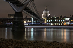 2019 02 04_0011 (*superhoop*) Tags: london thames lowtide millenniumbridge stpauls longexposure lighttrails boattrails reflections