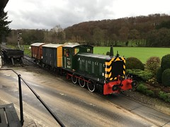 D2207, VEA and Shock Van cross Newbridge level crossing 20Nov18