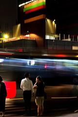 6539 (*Ολύμπιος*) Tags: sãopaulo street streetlife streetphotography streetphoto city cidade città ciudad cittè ciutat centro centrodowntown centrohistórico gente girl garota giovanni garotas girls mulher man homem homme fotoderua femme uomo uomini daybyday diaadia downtown donna night noite notte nightshot light lighttrail traffic trânsito avenidapaulista avpaulista
