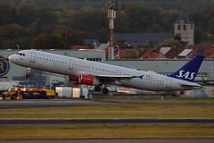 """Emma Viking"" SAS Scandinavian Airline System OY-KBE Airbus A321-232 cn/1798 @ EBBR / BRU 17-08-2018 (Nabil Molinari Photography) Tags: emmaviking sas scandinavian airline system oykbe airbus a321232 cn1798 ebbr bru 17082018"
