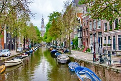 Zuiderkerk (South Church). Amsterdam, Holland (mtm2935) Tags: dutch boats streets narrow buildings achurch bridges water canal amsterdam hplland