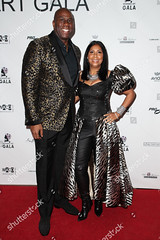 Magic Johnson (Zhanaemaxwell) Tags: wearable art gala arrivals los angeles usa 17 mar 2018 magic johnson cookie ex former basketball player basketballer earlitha kelly husband wife partner sportsperson female male withothers personality socialite 69917296