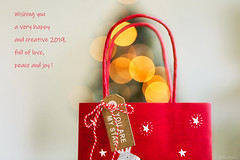Happy New Year ! (eleni m) Tags: happynewyear 2019 wishes giftbag label rope bokeh dof stars red