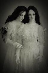 sists (dolls of milena) Tags: bjd abjd resin doll dolls dollshe ausley portrait twins retro vintage
