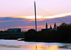Amanecer en el Ebro (portalealba) Tags: zaragoza zaragozaparque aragon españa spain canon eos1300d sunrise amanecer f