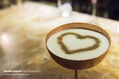 Espresso Martini - The Ivy Brasserie, London (Naomi Rahim (thanks for 4 million visits)) Tags: london uk 2018 europe travelphotography travel food foodphotography nikon nikond7200 wanderlust bokeh sweet dessert drink espressomartini cocktail martini latteart heart bar theivybrasserie soho