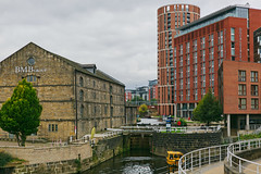 320A7734 Where the Canal meets the river Aire. Granary Wharf (Leeds Lad at heart) Tags: canal yorkshire leeds lock
