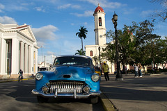 _DSC7320 (frangher) Tags: cienfuegos cuba travel viaggi automobile car street strada nikon d3100