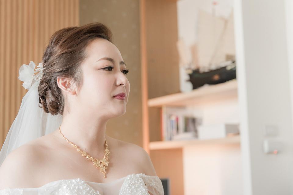 台南東東宴會式場 婚宴 走在幸福的紅毯上 R & B 050
