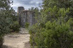 Monterosso al Mare Cinque Terre Italy 2018 (John Hoadley) Tags: monterossoalmare cinqueterre italy september 2018 canon 7dmarkii 24105 iso400 f9 ruins santoniodelmesco puntamesco