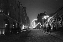 Christmas market in Poznań by night (Bohdan Bobrowski) Tags: minolta dynax 5 ilford pan 400 rodinal